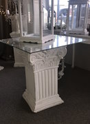 2.5ft White Column