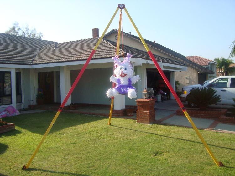 Piñata stand rental for parties in Austin Texas from Austin Bounce House Rentals