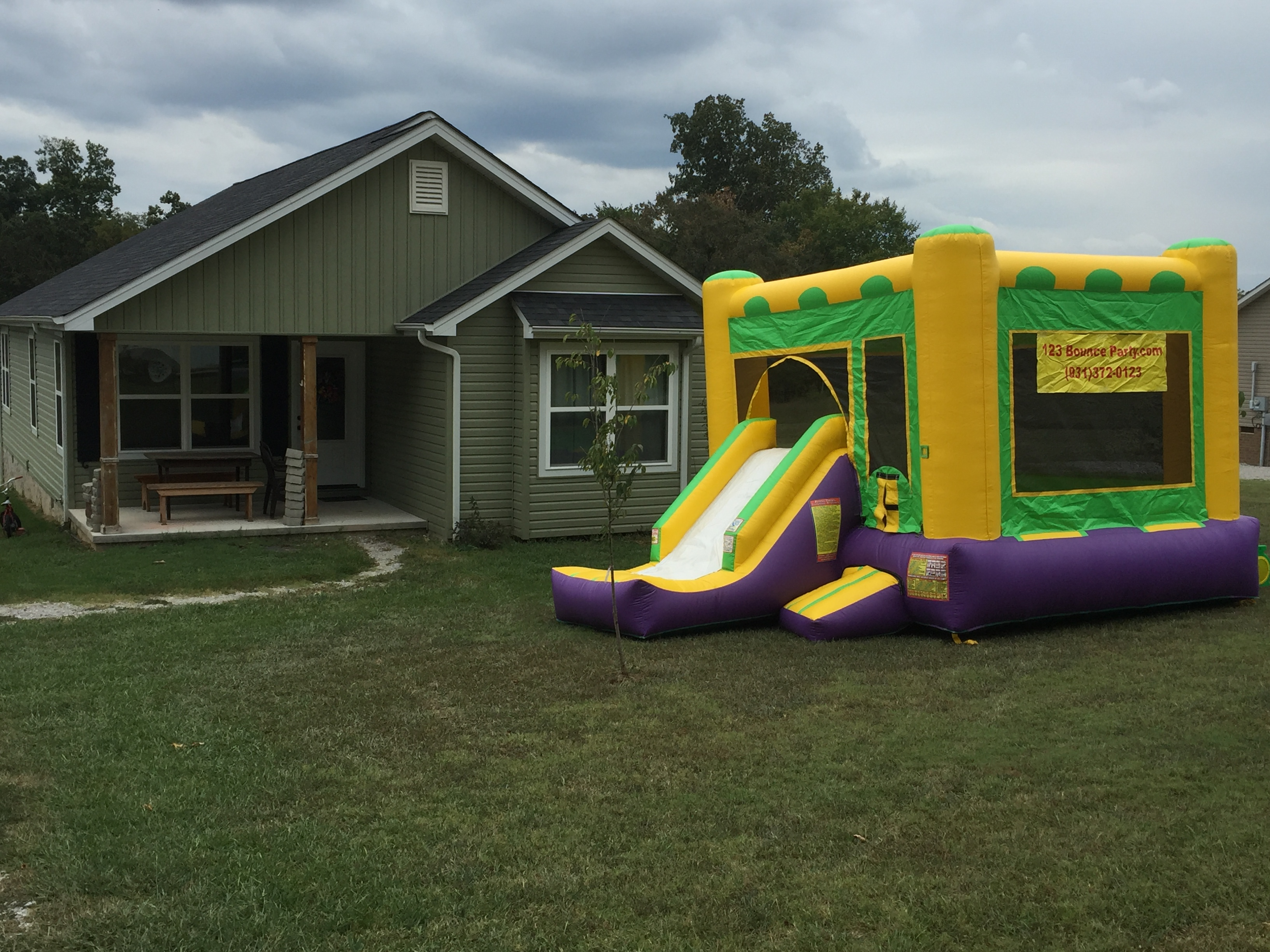 123 bounce party bounce house rentals delivered dunk tank and