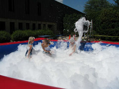 Inflatable Foam Pit with Foam Machine