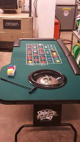 Roulette Game Table Rental