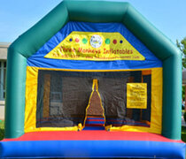 York Bounce House (#1)  15Lx15Wx13H |  6.9 amps