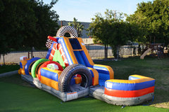 30 FT RACING OBSTACLE COURSE L WITH WATER SLIDE