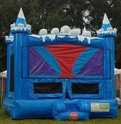 Package Ice Castle bouncer with hoop