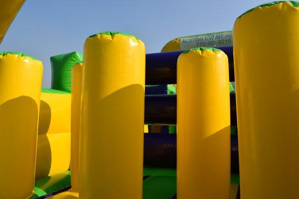 obstacle course inflatbales