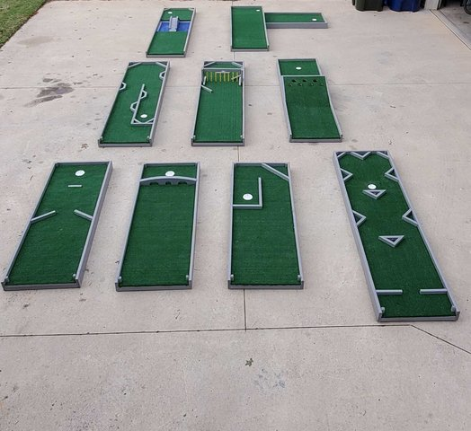 Portable Putt-Putt Golf (9 Holes)