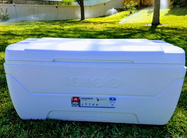 Cooler (GIANT 150qt)