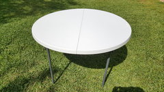 "<b>Tables (WHITE 48""ROUND)"