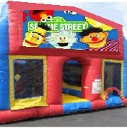 Sesame Street 70 Foot Obstacle Wrap Around Maze