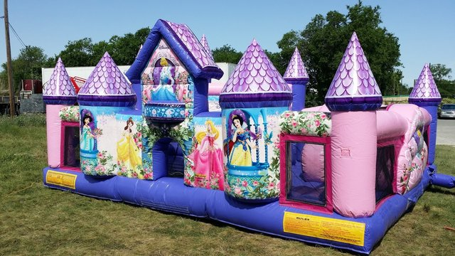Disney princess toddler playhouse obstacle
