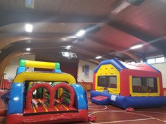 <b><font color=black><b>40ft Obstacle Course and Bounce House</font><br>