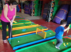 Portable 9-Hole Mini Golf