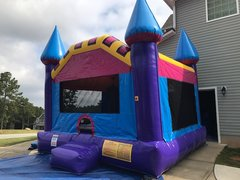 Dream Castle Bounce House (large)