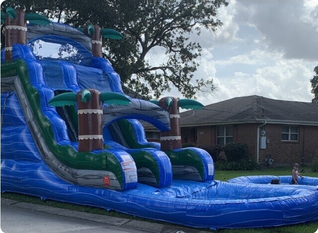18 FT. TROPICAL BLUE  WATER SLIDE