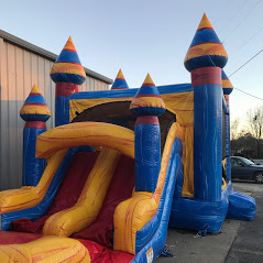 Melting Arctic bounce house water slide combo from biloxi bounce house