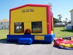 Basic Fun Bounce HouseBest for ages 2+Size 15'L X 15'W X 15'H