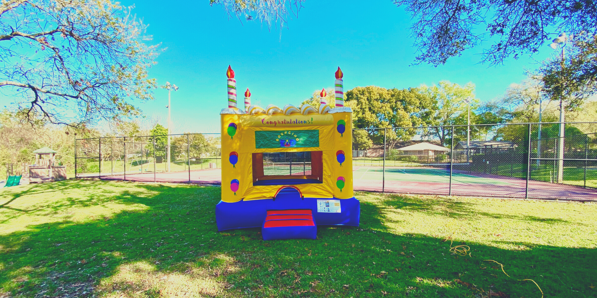 Bounce House with a Cake Design