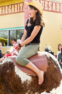 Cowgirl-mechanical-bull-maine