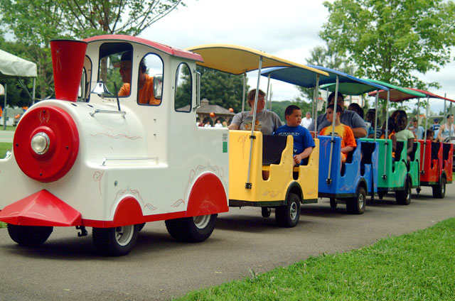 trackless train rentals evansville indiana