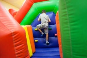 best obstacle course rentals in Windcrest
