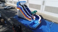 20 ft Wild thing curve slide wit (pool)
