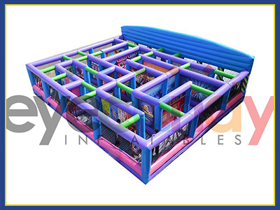 Above view of the Fun House Maze as a nice configuration perfect for kids and adults alike.