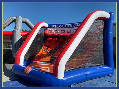 Angled view of the right side of the interactive basketball inflatable.
