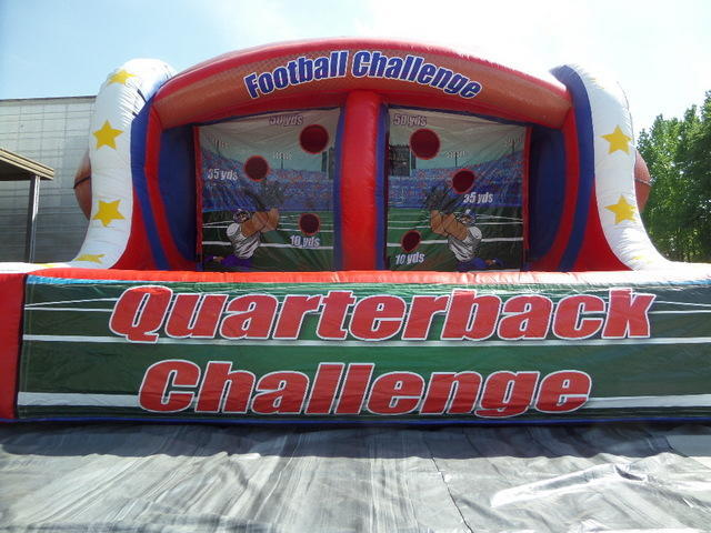 Quarterback  Challenge Football Toss