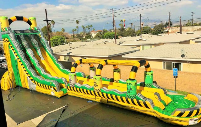 NEW - 30ft Tall *HUGE* Atomic Blast Two Lane Water Slide - UNITS #556+557