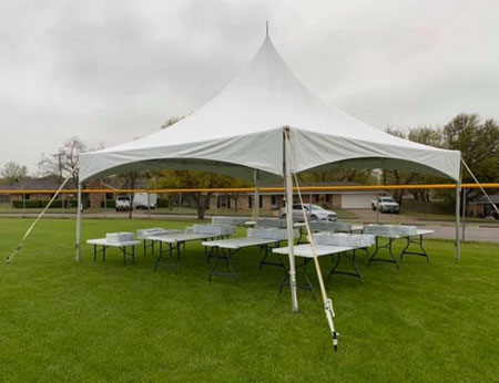 https://www.bounceebouncela.com/category/tents/