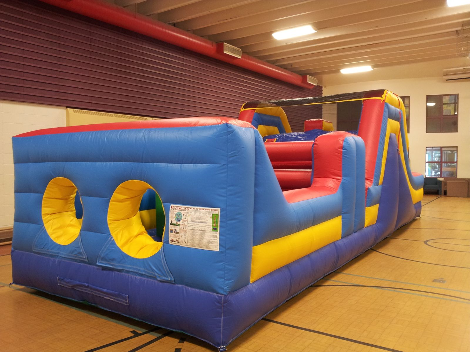 Edmonton 32' Obstacle Course rental