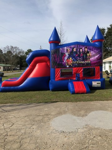 Disney Descendants 7' Double Lane Dry Slide With Bounce House