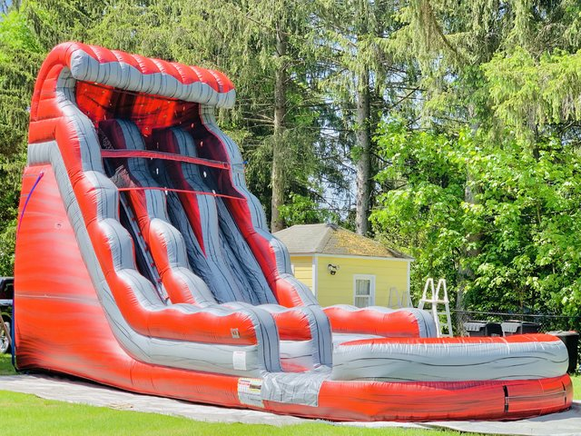 22ft Lava  Dual Lane Water Slide