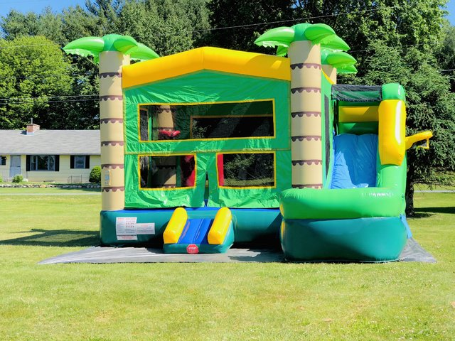 Tropical 5 in 1 Bounce House Combo (WET)