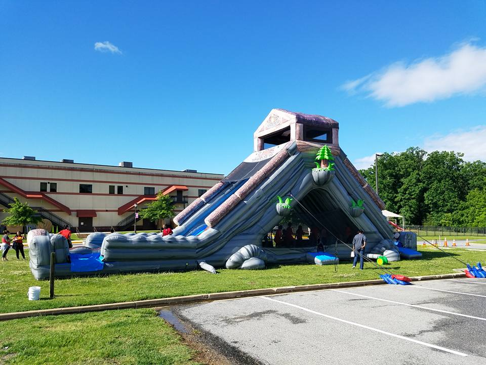 30 foot tall Log Jammer Slide