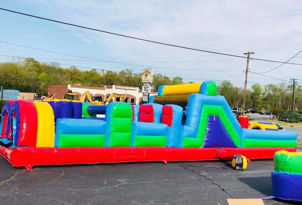 Rainbow Obstacle Course - 40ft