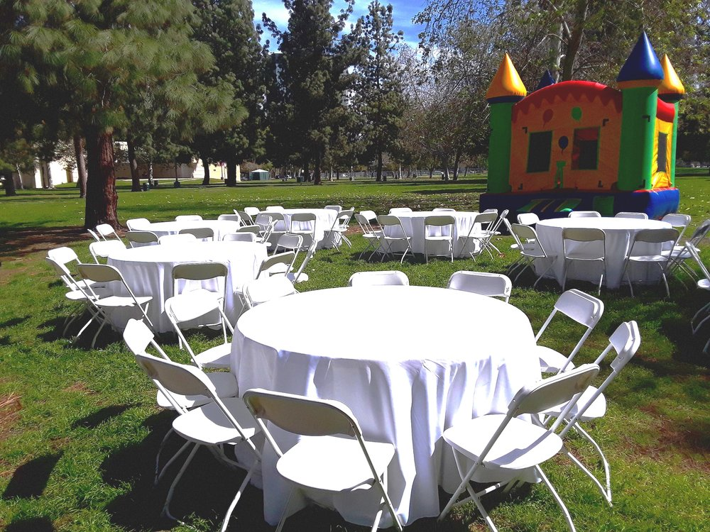 Round 60 Inch Party Table Rental Seats Up To 10 Adults