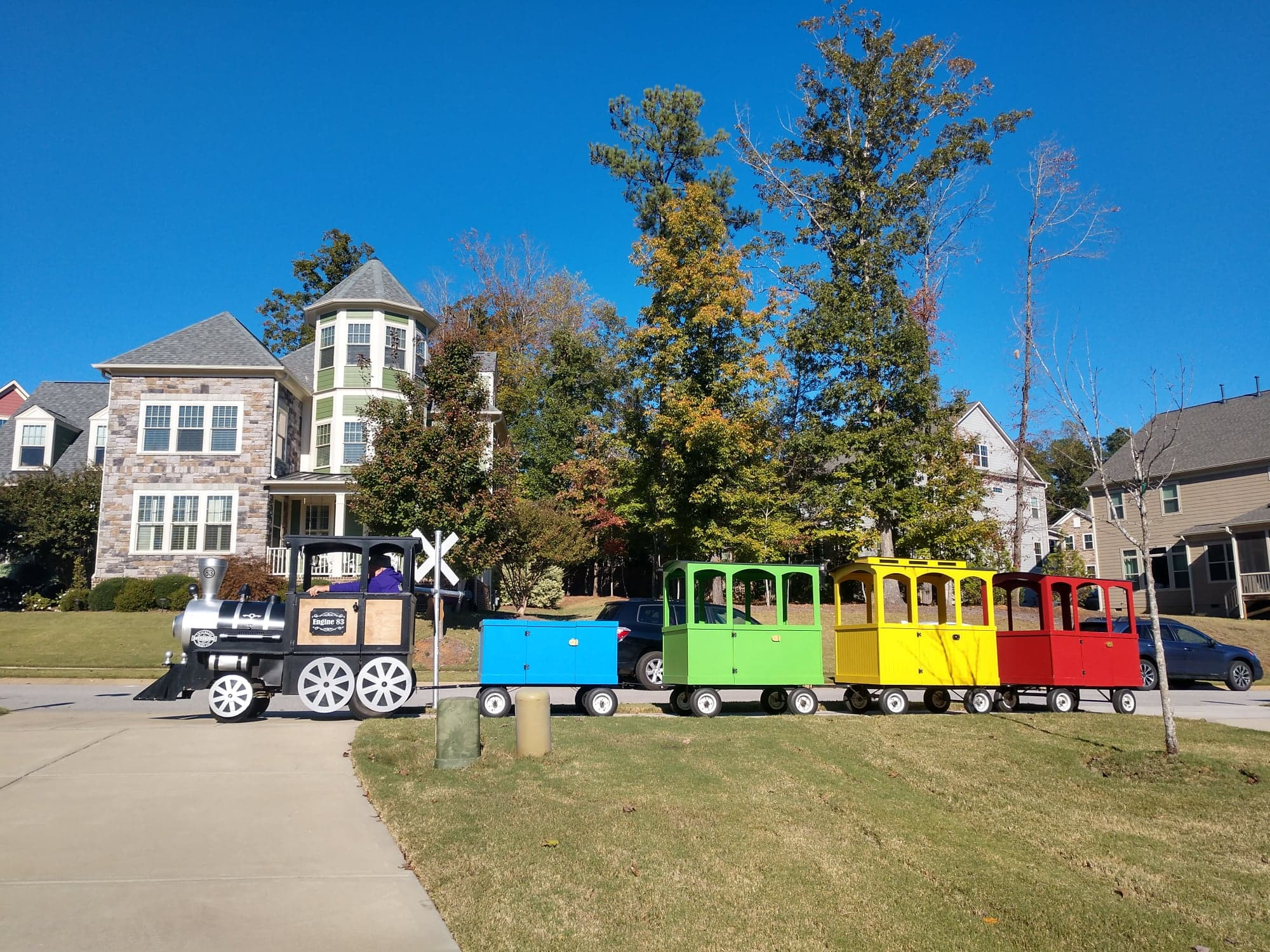 Click HERE to learn more about Raleigh Trackless Train Rentals
