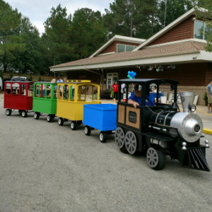 Click Here to rent a trackless train