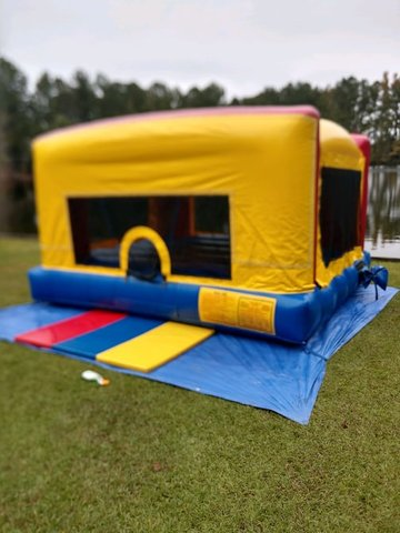 Fun Sized Indoor-Outdoor Bounce House