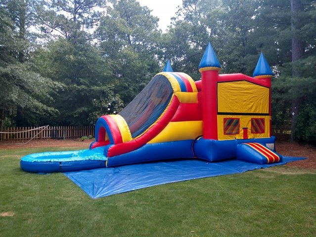 Carolina Castle Water Combo Bouncer with pool