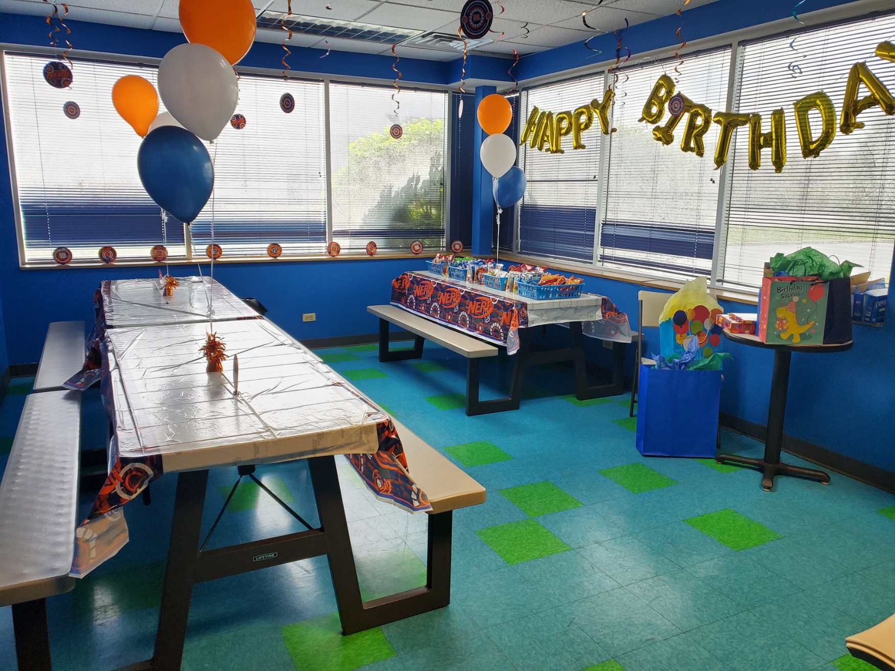 party room decorated