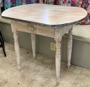 "Table, Shabby Chic, Approx. 25"" x 35"""