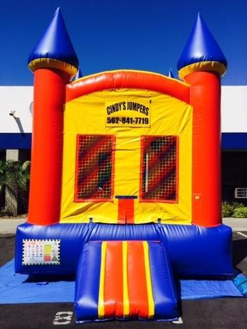 Multicolor Castle Jumper 11'x13' J102