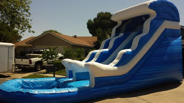 18' Blue Wave Water Slide