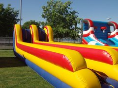 Bunge Run Interactive Inflatable