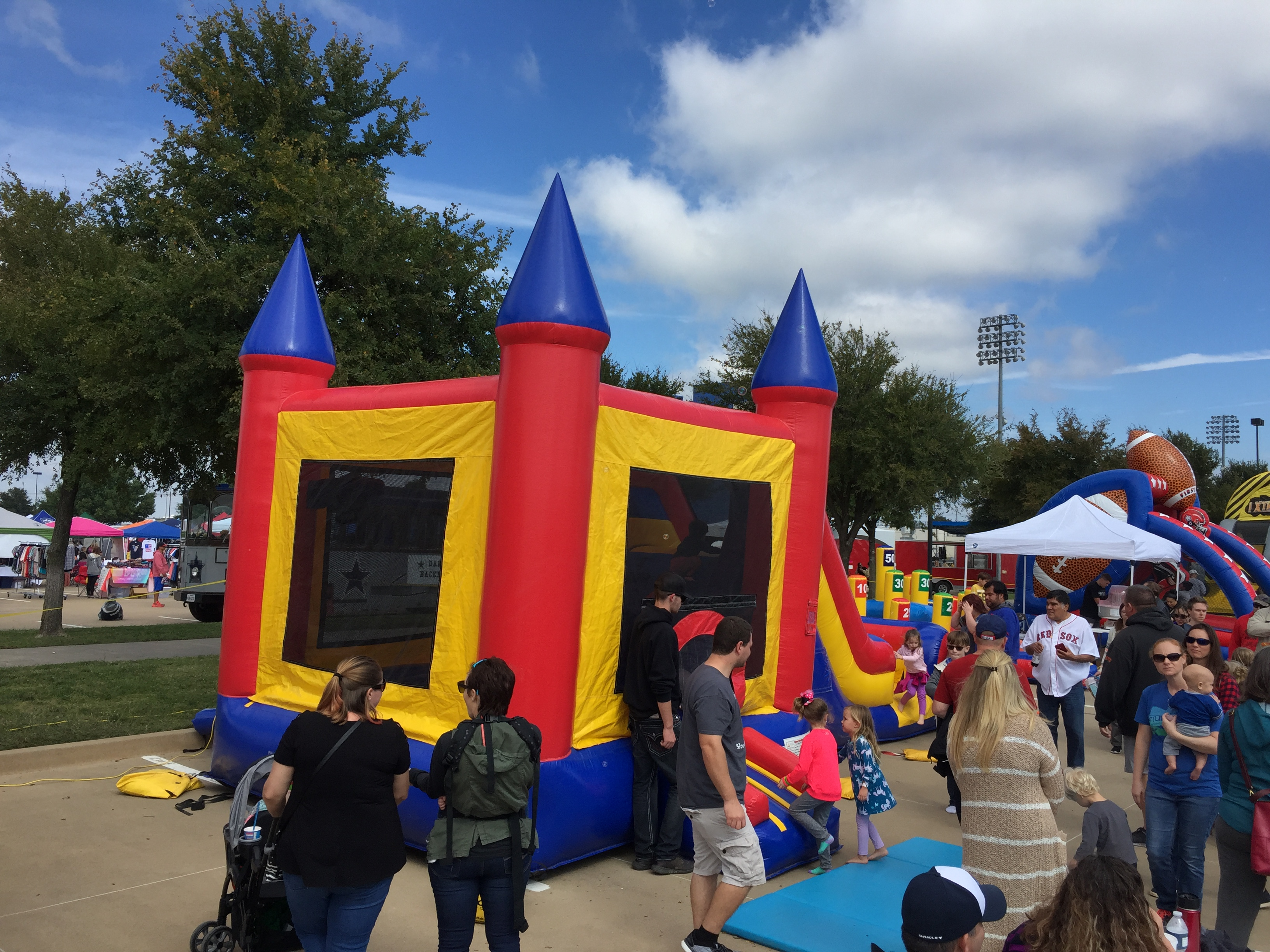 bounce house rental alvarado
