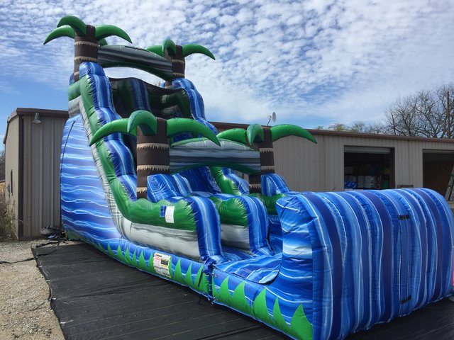 Dry 20 ft Blue Crush Slide with Stopper