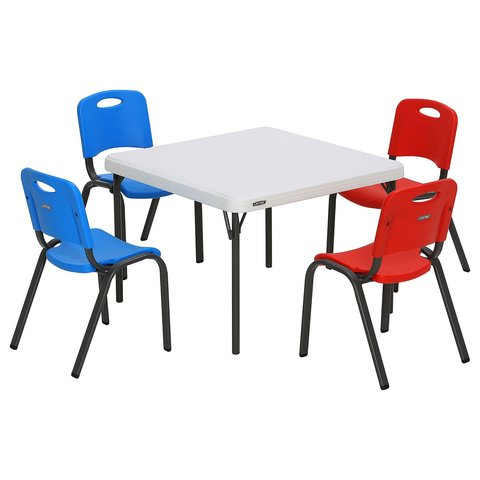Kids Table with 4 kids chairs 2' x 4'