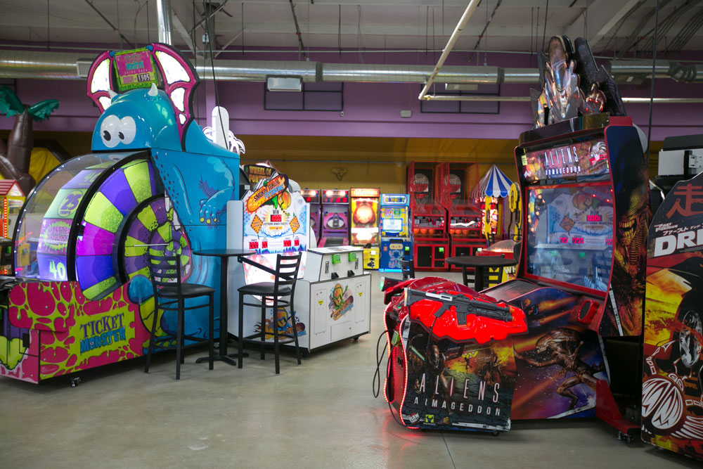 Family Entertainment Center | DizzyColorado com Longmont CO